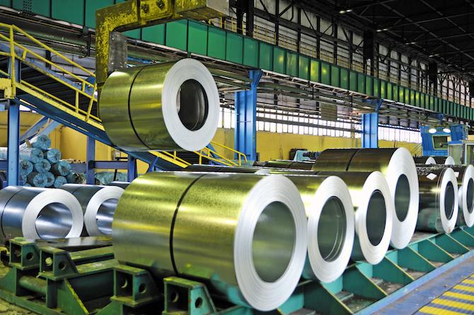 Рулонная сталь на фото