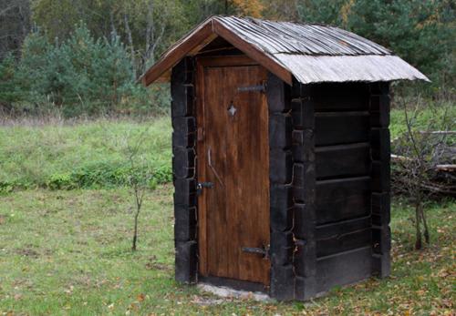 Строим туалет для дачи