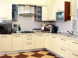 Угловые кухни: любимый цвет, любимый размер