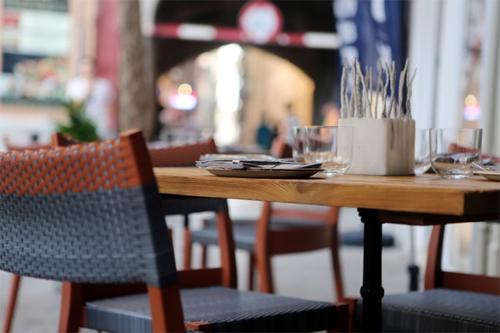 http://perspace-design.ru/uslugi/dizajn-kafe-barov-restoranov/
