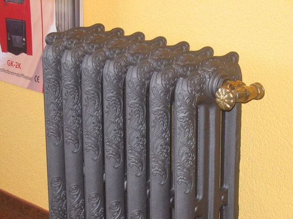 Преимущества чугунных радиаторов