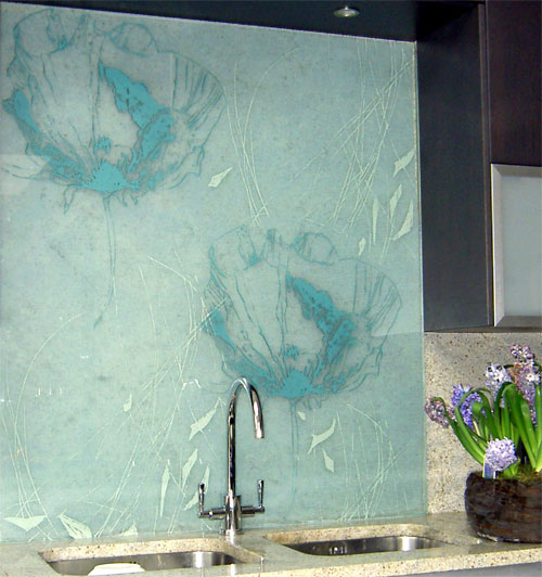 Панели для кухни из стекла
