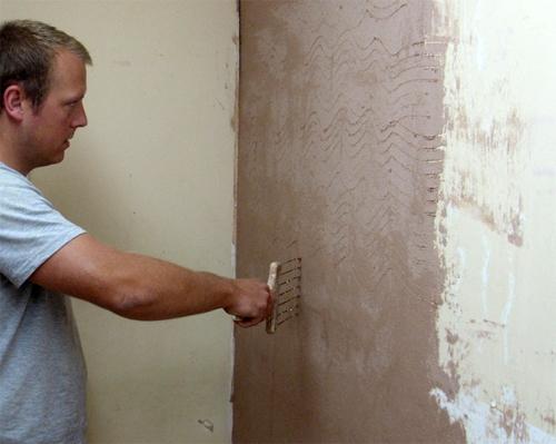 Как правильно штукатурить бетонные стены