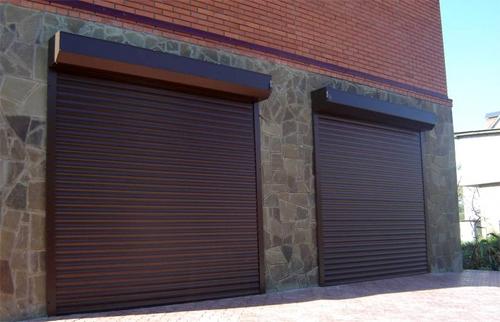 Дверные гаражные ролеты