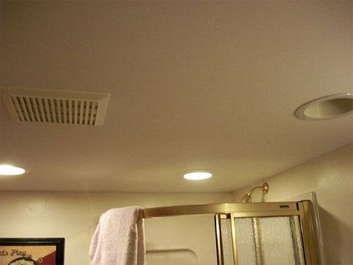 Потолок для ванной