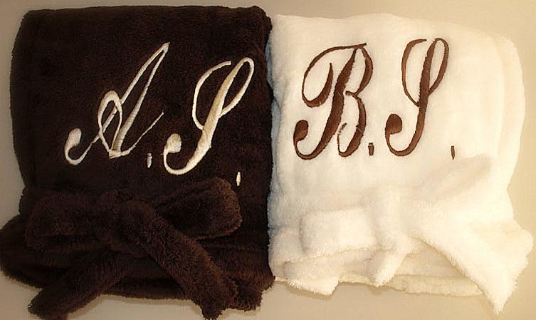 Именные халаты с вышивкой