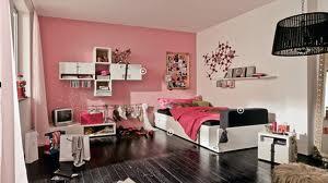Ремонт в маленькой комнате – здесь вполне реально сэкономить