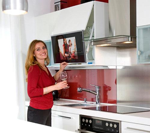 Какой телевизор выбрать для кухни?