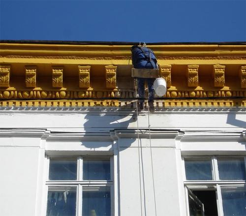 Окраска зданий