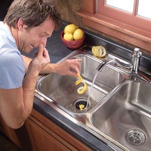 Запах канализации в квартире