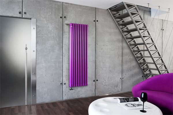 Вертикальные радиаторы могут крепиться к любой поверхности...