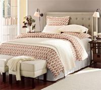 Двуспальные кровати с высоким изголовьем