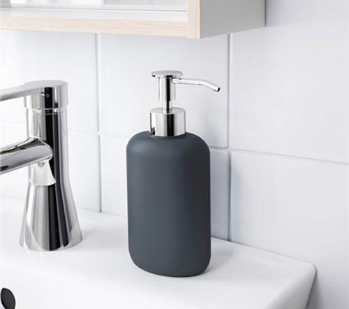 Компактный и стильный аксессуар вашей ванной комнаты – дозатор для мыла