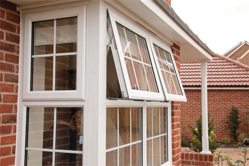 Как понять, что окна ПВХ требуют ремонта? Стоит ли ставить в окна ультра прозрачные стекла?