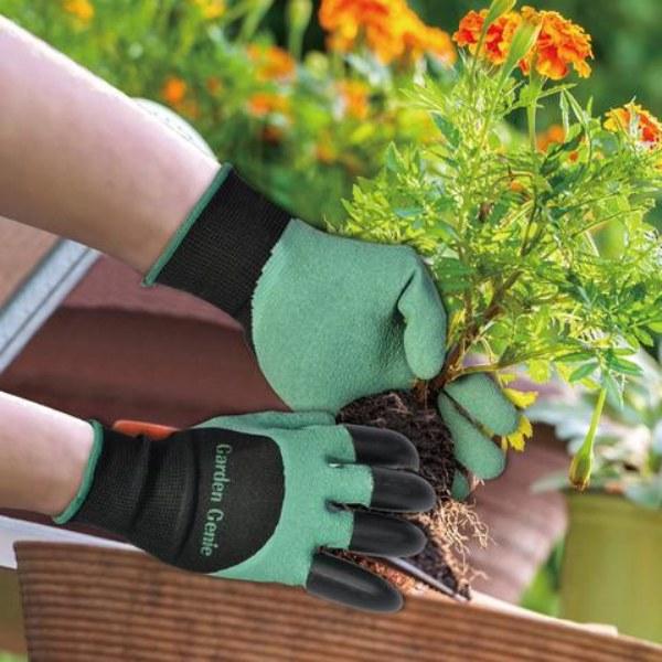 Удобны для работы в саду