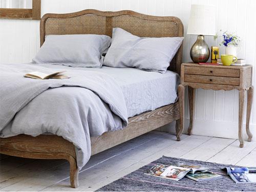 Как выбрать качественное белье для спальни