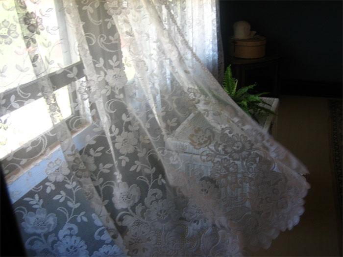Химчистка штор: современные методы и виды