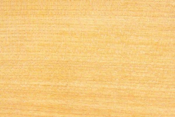 Каменный Вяз: свойства и способы обработки