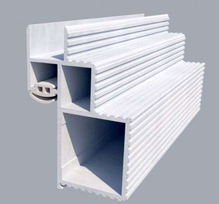 Почему скрытая коробка двери должна быть без деревянных/МДФ брусков?