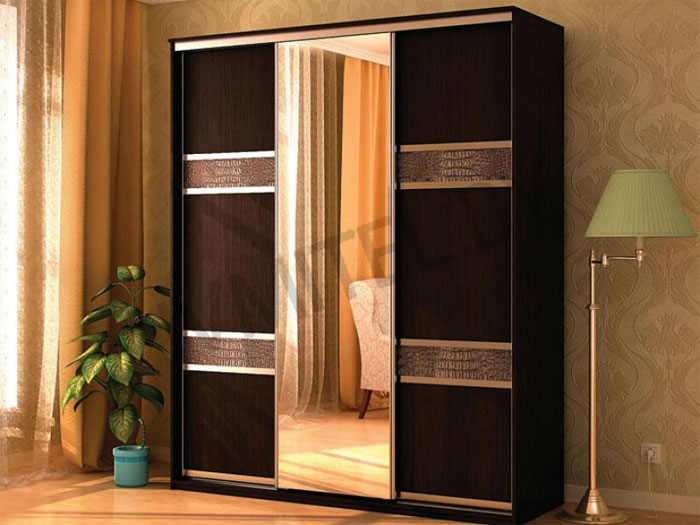 Гардеробные шкафы – комфорт и уют в квартире