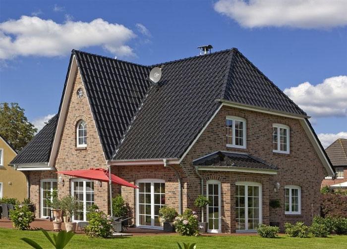 Строительство дома из камня: преимущества и особенности