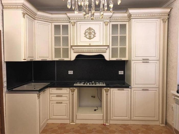 Купить готовую мебель или заказать у производителя?