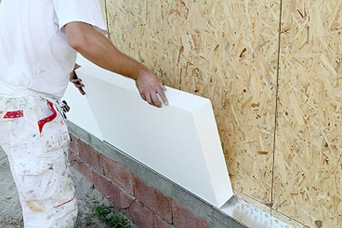 Самостоятельное утепление стен при помощи пенопласта