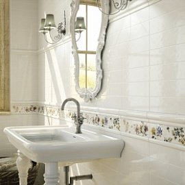 Настенная плитка для небольшой ванной: как правильно выбрать облицовку